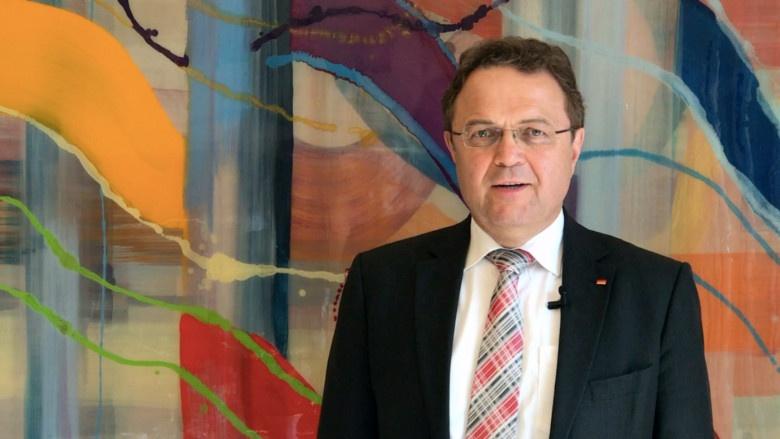 Han-Peter Friedrich, MdB zum Antrag der Großen Koalition: Gutes Leben und Arbeiten auf dem Land gewährleisten.