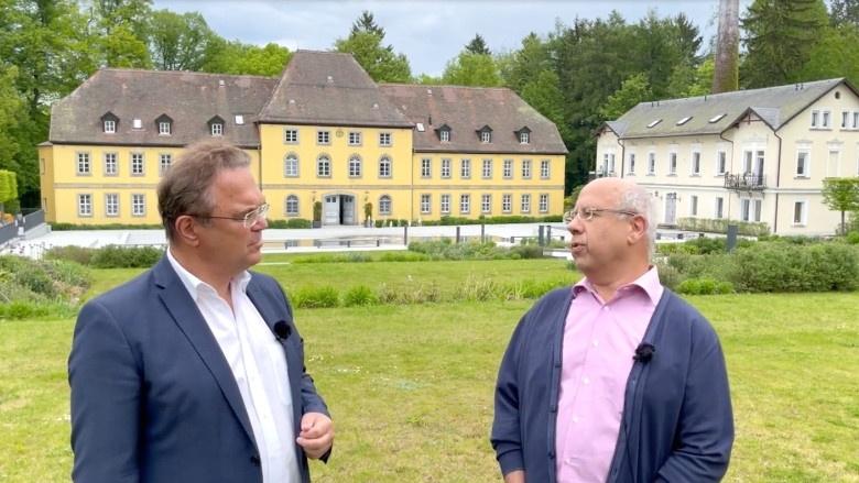 Dr. Hans-Peter Friedrich im Gespräch mit Georg Schöner, 1. Vorsitzender des Bundesverbandes Osteopathie