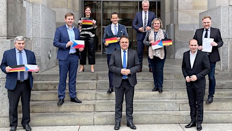 Dr, Hans-Peter Friedrich mit Bundestagsabgeordneten aus den Wahlkreisen an der Grenze zur Tschechischen Republik