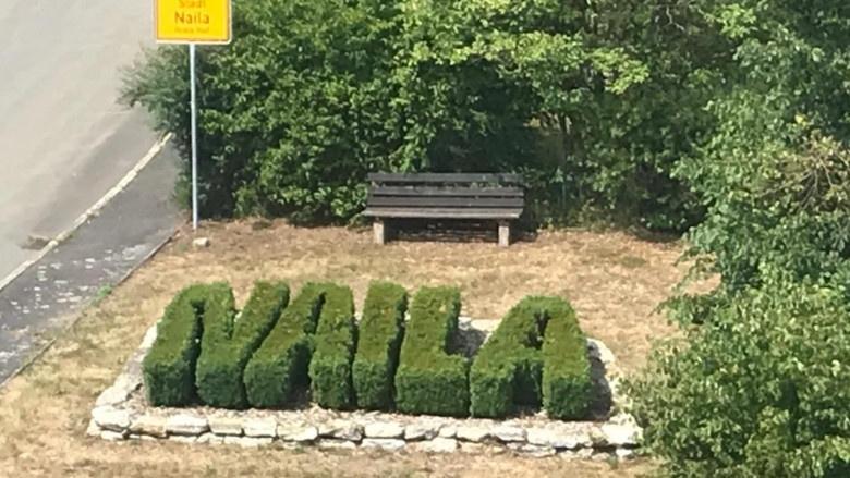 Impressionen aus dem Wahlkreis, Bodenbeet mit Schriftzug Naila, der Heimatstadt von Hans-Peter Friedrich