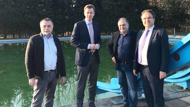 Werner Kreil (Gemeinde Markt Zell), Landrat Dr. Oliver Bär, Horst Penzel (Erster Bürgermeister), Dr. Hans-Peter Friedrich MdB