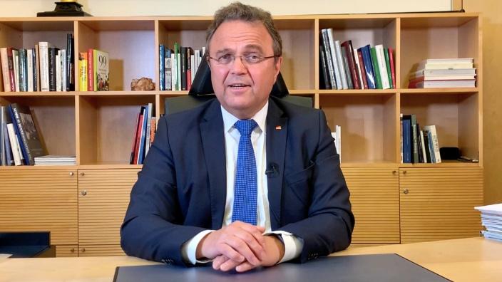Bundestagsvizepräsident Dr. Hans-Peter Friedrich