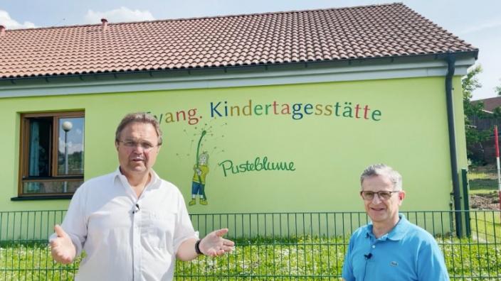 Dr. Hans-Peter Friedrich im Gespräch mit Karl Philipp Ehrler, 1. Bürgermeister Markt Stammbach