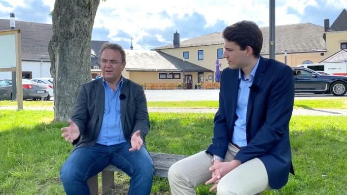 Dr. Hans-Peter Friedrich im Gespräch mit Kristan von Waldenfels, Erster Bürgermeister der Stadt Lichtenberg