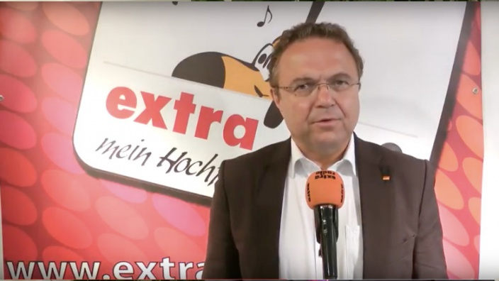 Geh wählen! Eine Aktion von extra-radio mit O-Ton von Hans-Peter Friedrich