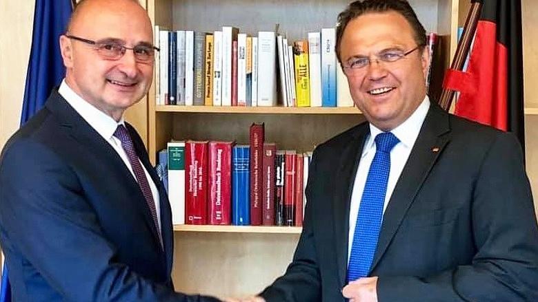 Gespräch mit dem Botschafter der Republik Kroatien, S.E. Herr Dr. Gordan Grlic Radman u.a. über die EU-Ratspräsidentschaft Kroatiens in der ersten Jahreshälfte 2020