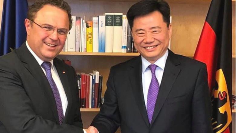 Herzlich willkommen in Berlin! Antrittsbesuch des Botschafters der Volksrepublik China, WU Ken.