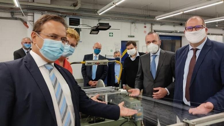 Besuch gemeinsam mit Manfred Weber und Monika Hohlmeier beim Unternehmen IPROTEX aus Münchberg